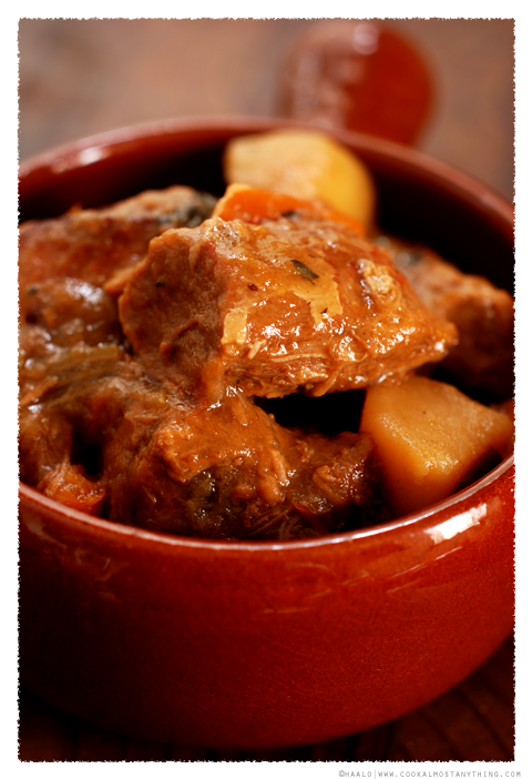braised veal leg© by Haalo