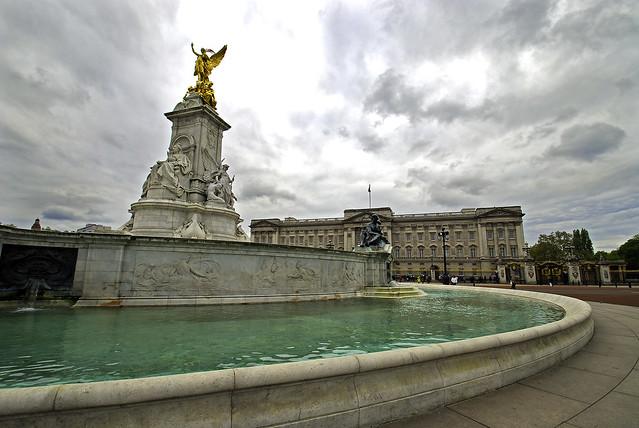 Victoria Memorial extra