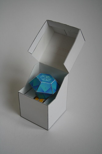 Papertoy diamond ring + box