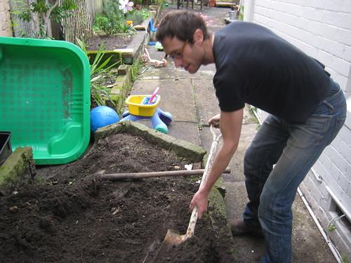 tending - trading dirt