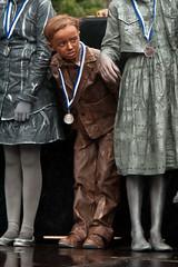 WKlivingstatues2010-0997 (Arie van Tilborg) Tags: kids arnhem professionals amateurs 2010 livingstatues standbeelden wklivingstatues levendebeelden arievantilborg mandyvantilborg worldstatuesfestival nkamateurs