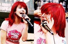 2008 (skeleton guns) Tags: pictures red photography williams edited redhair 2008 hayley performances paramore hayleywilliams typeperformances timeline2008