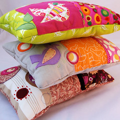 A pile of gorgeous pillows