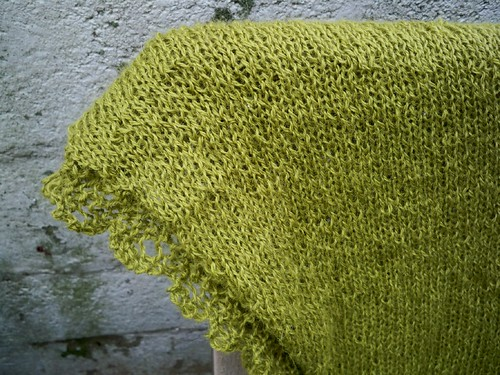Lacy Chinook Shawl Detail
