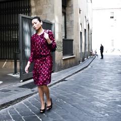 donna con figuro (g_u) Tags: people woman florence donna gente persone firenze gu ugo viadellosprone