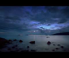 Blue Sunset (Dolly MJ) Tags: light sunset sky sun color beach water long expose borneo kotakinabalu redsky sabah cloudformation kk longexpose suteraharbour aftersunset beautifulsunset slowwater manmadebeach bluesunset colorfulclouds northborneo movingsky kotakinabalusunset sabahsunset sabahanphotographer borneosunset beautifulkk