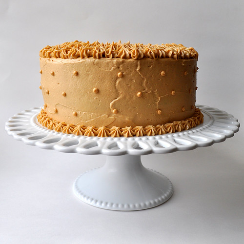 Blondie's Cakes: Banana Cake with Peanut Butter Frosting
