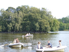 Heaton Park, Manchester (deltrems) Tags: park trees people lake manchester boat boating rowing heaton boatinglake rowingboat heatonpark translancs translancsrally2010