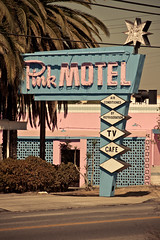 Pink Motel (TooMuchFire) Tags: pink signs typography neon type lettering sanfernandovalley typeface neonsigns motels 1946 sunvalley oldsigns vintagesigns vintagesignage oldmotels pinkmotel oldneonsigns 9457sanfernandoroadsunvalleyca
