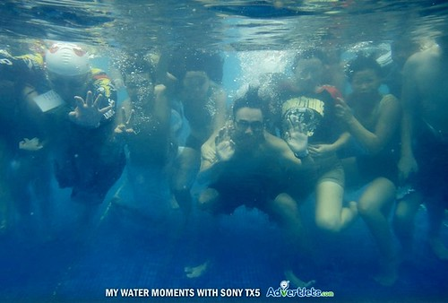 Sony TX5 - Advertlets underwater