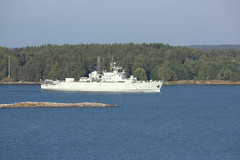 HSWMS VISBORG A265 (PP from Fin) Tags: sea summer sun water suomi finland army islands boat war day ship turku traffic military navy vessel scene northern naval meri nato vesi warship itmeri archipelago coasts kes manofwar liikenne aurinko noco piv a265 militaryship saaristo airisto taistelu armeija sotilas militaryboat warboat saaristomeri harjoitus visborg warfleet sotalaiva sotaalus northerncoasts theturkuarchipelago theislandsoffturku nswms