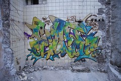 Graff Chronicles (Herzoleum) Tags: abandoned writing underground graffiti paint pieces letters basement demolition styles mta nes piece herz cellar kelder 2010 mvp otb tds graffitiwall tpa herzo colorpiece 80sgraffiti xts oldschoolstyle thedeathsquad herz1 nescrew mtacrew frunch umxs madtransitartists oldschoolstijl mvpwall herzone crosstownstatic