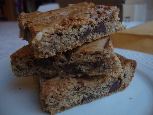 White Chocolate-Peanut Butter Blondies