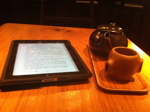 Tea and (e) books by Dave Schumaker, on Flickr
