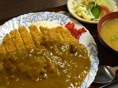 カツカレー(750円)