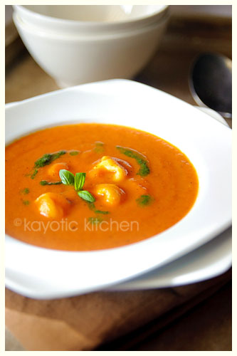 Royal Pomodori and Tortellini Soup