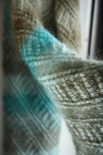 grey & turquoise diagonale shawl