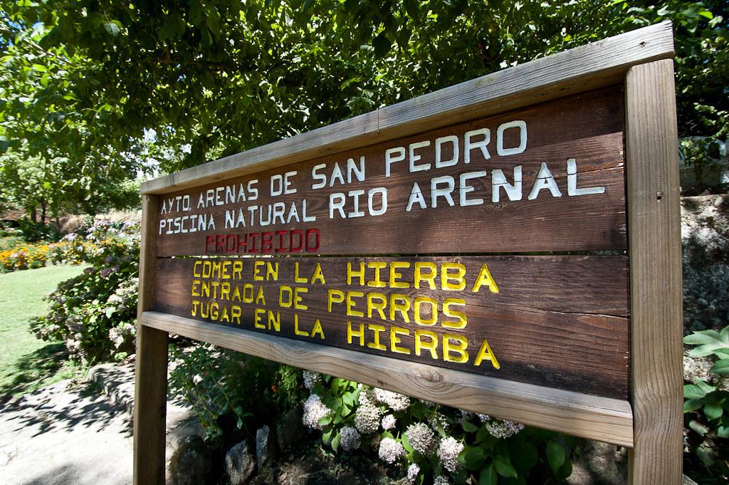 Piscina natural del rio arenal en arenas de san pedro for Piscinas naturales cerca de toledo