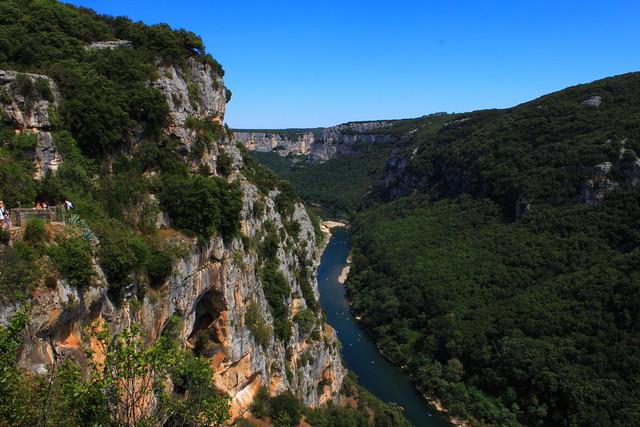 St Remèze, grotte de la Madeleine
