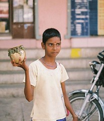 42. The Short Crop (Trendy?) Pondi Girl... (AspirED!) Tags: chennai bessar3a streetsphotography zeisszm50mmf2 agfavistaplus400