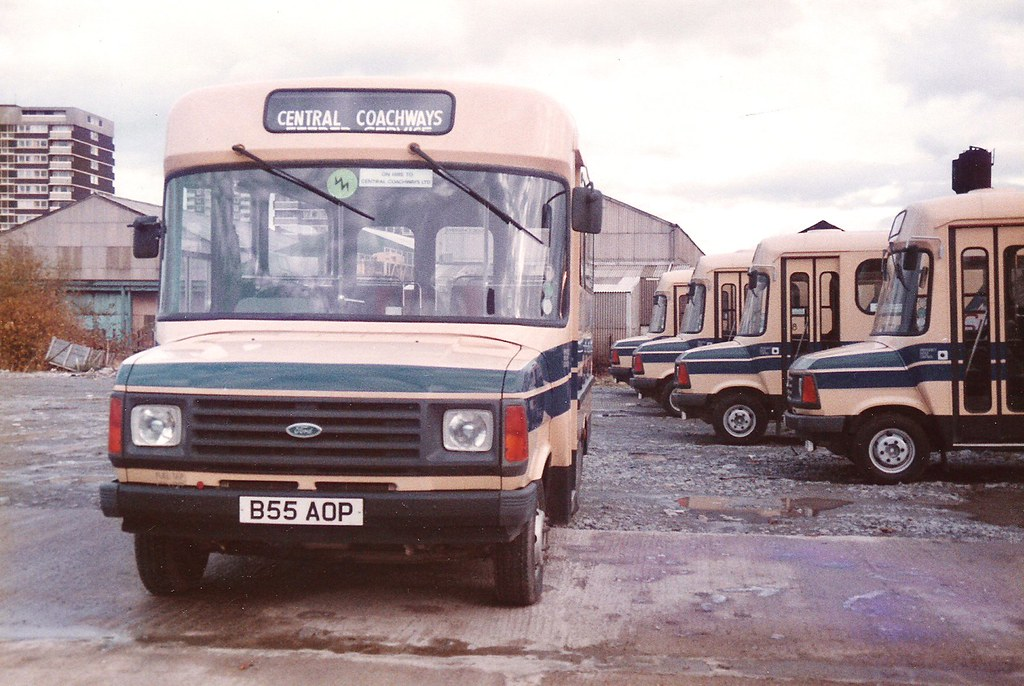The world 39 s best photos of minibus and wmpte flickr hive mind - Ford garage wolverhampton ...