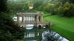 Palladian Bridge: Prior Park Landscape Garden (Curry15) Tags: lake reflection bath somerset autumnal 18thcentury ba2 capabilitybrown priorpark palladianbridge priorparklandscapegarden ralphallendrive ralphallen gradeilisted