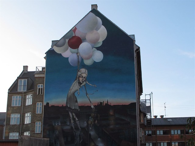 Balloon girl mural