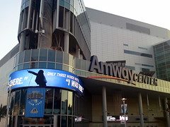 Heading in to the new arena! (msnguy81) Tags: basketball florida arena nba orlandomagic centralflorida orlandoflorida inauguralgame 101010 nbabasketball amwaycenter