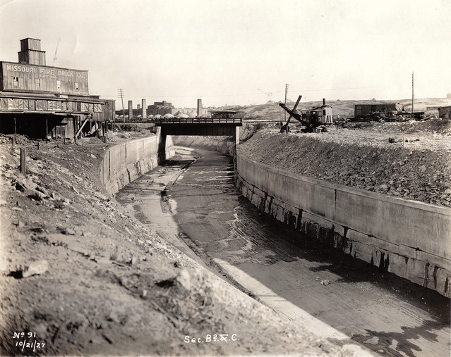 The Harnessed Channel: How the River Des Peres Became a