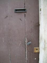 rue des maraîchers (MAP66) Tags: réunion bagnolet portes serrures vitruve maraîchers