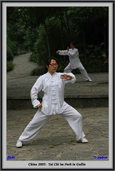 China 2007:  Tai Chi im Park in Guilin (pmbvw) Tags: china canon guilin best tai chi taichi 40d canon40d pmbv pmbvw