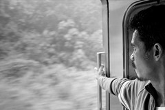 Slow and steady wins the race (Christian DF) Tags: door bw man speed train tren puerta bn sp jungle malaysia passenger moved velocidad malaysian hombre movido micahphinson malasia jungla cdf jungletrain pasajero slowandsteadywinstherace malayo suenyospolares sueospolares christiandf christiandfes christiandomnguez trendelajungla