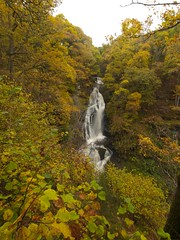 The Black Spout Pitlochry Perthshire (Gordon Haws) Tags: autumn trees scotland highlands perthshire pitlochry theblackspout