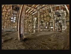 R. L. Hearn Power Generating Station (Calvin J.) Tags: nikon richard l nikkor rl hearn rlhearn 16mmfisheye d700 powergeneratingstationtorontoontariocanadahdrphotomatixgrungeurbanexploration