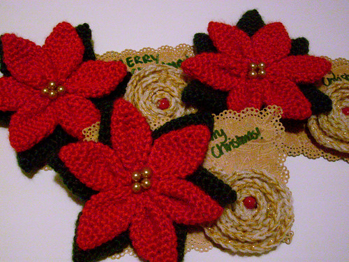 Free Poinsettia Square Crochet Pattern - Orble