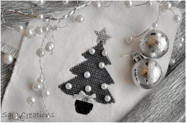Silver Christmas tree 1