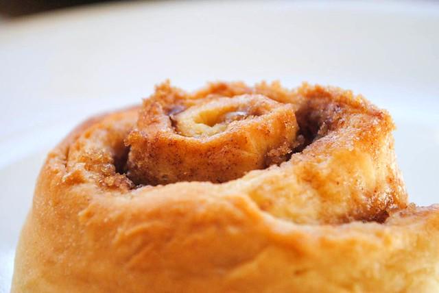 cinnamon roll3