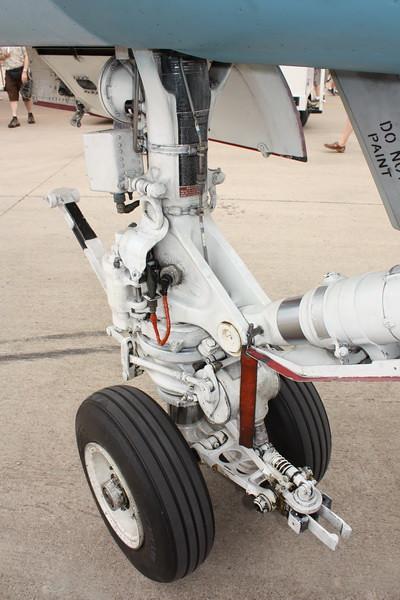EAA10_FA-18C_022