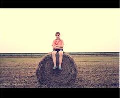 Sit and wait. (Yes Ouh Yeah) Tags: vintage kid village tara pueblo retro amarillo blonde campo chico trigo