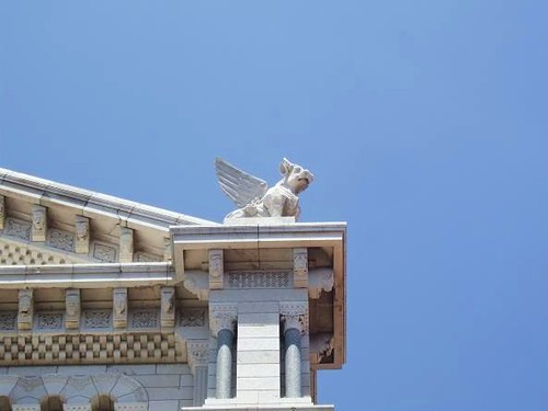 statue on roof of Saint Nicholas Cathedral