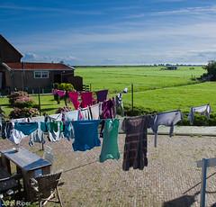Marken, North-Holland (John Riper) Tags: john island laundry breeze polder washing marken ijsselmeer zuiderzee northholland riper johnriper