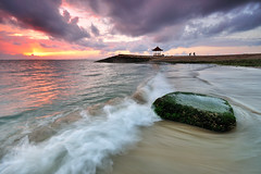 Sanur Beach Sunrise, Bali (Nora Carol) Tags: bali seascape rock indonesia landscape moss waves denpasar slowshutterspeed timorsea cokingnd p121s nikond90 noracarol p121l sanurbeachsunrise nicephotowalk