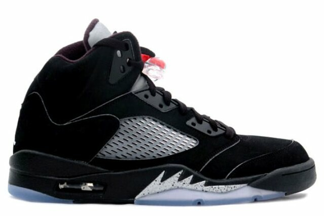 air_jordan_v_retro_2011_black_metallic_silver