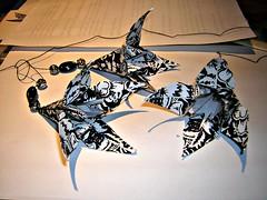 Origami-Bltenhnger zum Abschied (CreAtions2007) Tags: origami papier schwarz blten lilien weis schwarzweis papierfalten alicefayrath