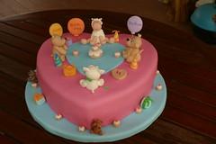 Animal Picnic Party Birthday Cake (Jacqueline Naerebout) Tags: bear party en dog art beer animal cake cat cupcakes foto verjaardag sheep kay hond email sugar mc lorraine feestje dieren poes picknick chocolade schaap taart print2010