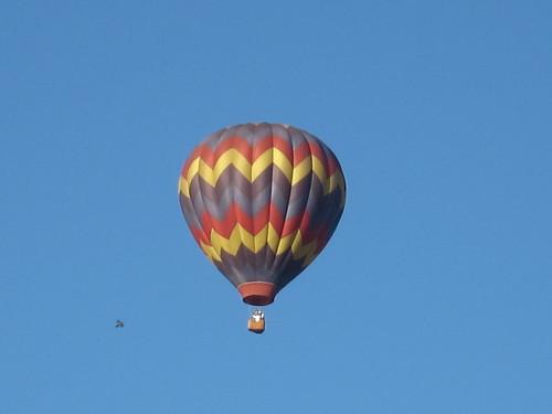 hot air balloon closer