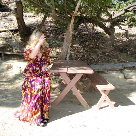 long flowy dress+picnic table