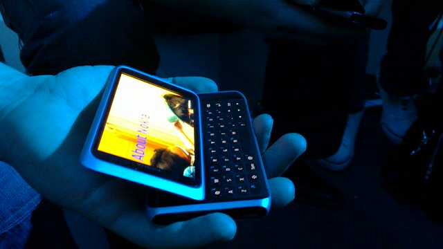 The Nokia E7 is no small business. Find out why…