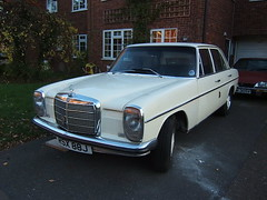1971 MERCEDES BENZ 230 2300cc RSX88J (Johns Car pictures and scans pages.) Tags: mercedes benz 1971 230 2300cc rsx88j