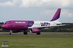HA-LWE - 4372 - Wizzair - Airbus A320-232 - 100909 - Luton - Steven Gray - IMG_9215
